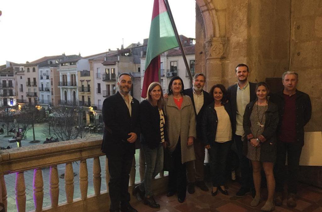 Reunión presentación Centenario Colegio Enfermería Cáceres - Ayto Plasencia
